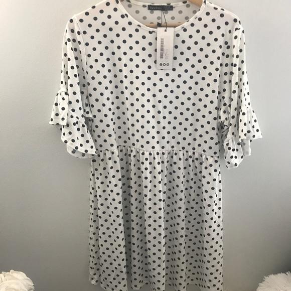 Boohoo Plus Dresses & Skirts - Boohoo Plus NWT Stretchy Polka Dot Dress